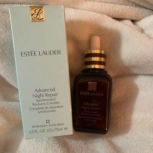 Estée Lauder advanced repair night serum
